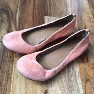 Jcrew coral / peach 🍑 suede ballet flats size 8